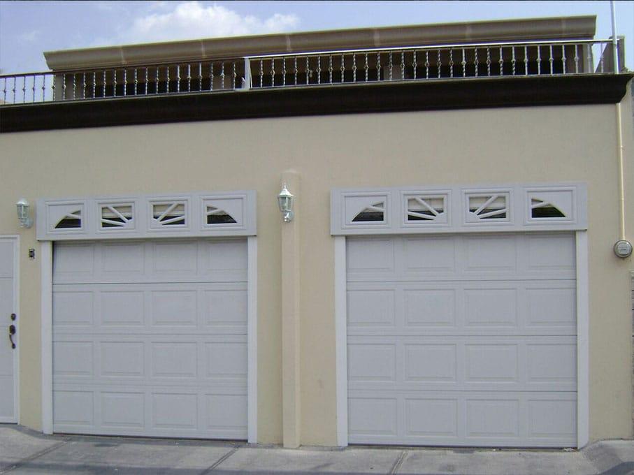Puertas para cochera portones autom ticos dockman - Puertas para cocheras ...