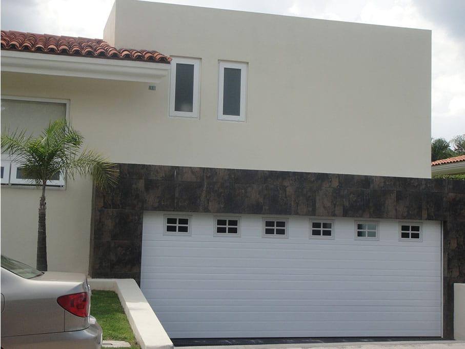 Para garage trendy puertas correderas para garajes with for Garajes modelos